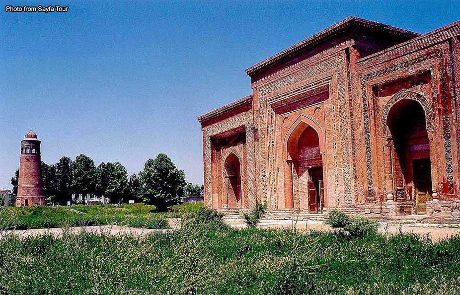 Узгенский мавзолей